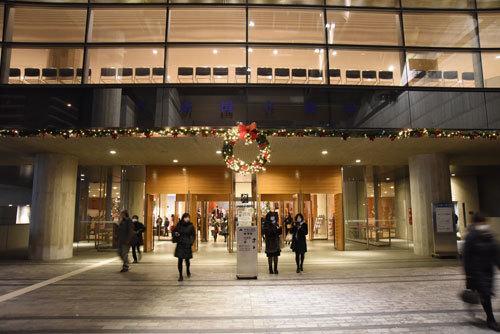 2016年12月10日新国立劇場01