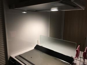 電球色の換気扇のLED照明
