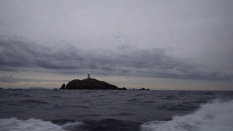 神子元島122501