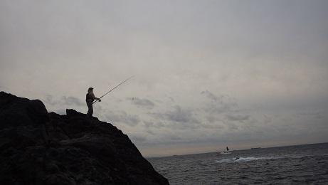 神子元島122502