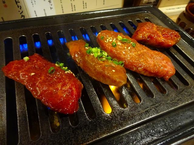 トモサンカク西口店 (13)