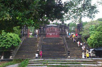 カイディン廟 (33)