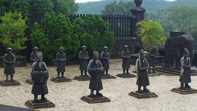 カイディン廟 (9)