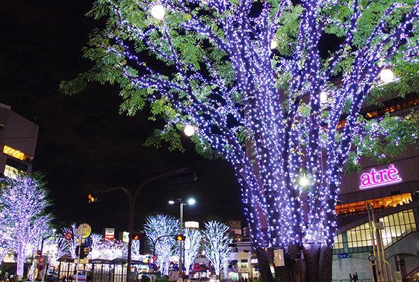 大井町駅前の電飾