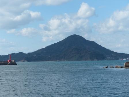 興居島 1
