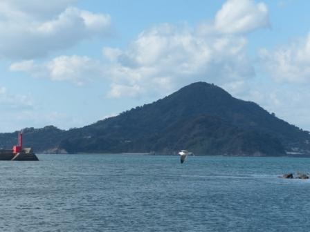 興居島 2