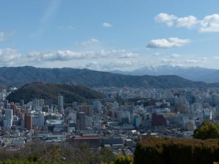 松山総合公園からの眺め 石鎚山 & お城山