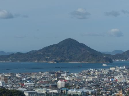 松山総合公園からの眺め 興居島