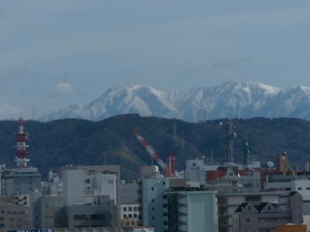 松山総合公園からの眺め 石鎚山 2