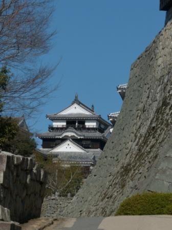 松山城 大手口から見た大天守
