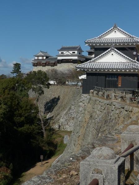 松山城 屏風折れ の石垣 3