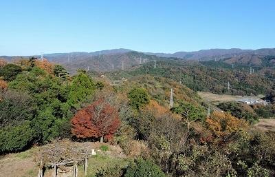 編集_手筒山から木の芽峠を望む