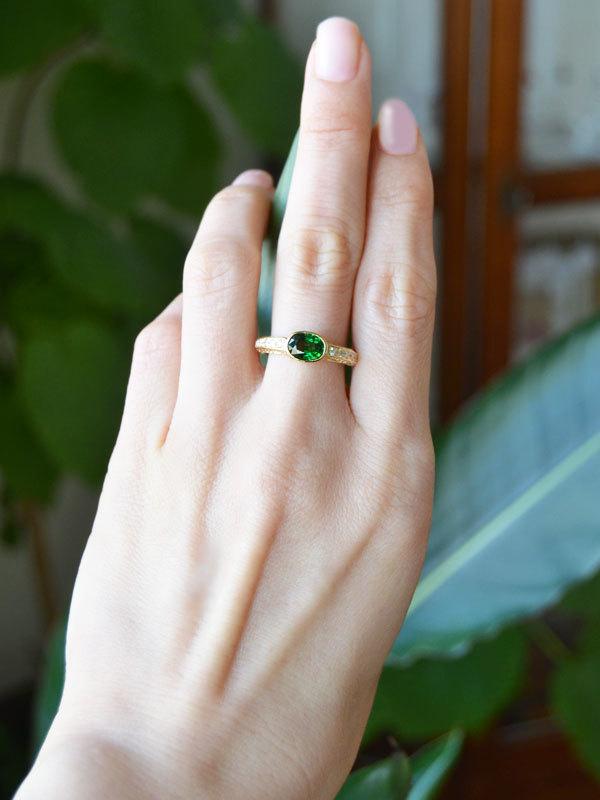 K18YG製イエローゴールドグリーンガーネットダイアモンドリング指輪2