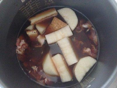 炊飯器で大根と豚切り落とし肉の煮物