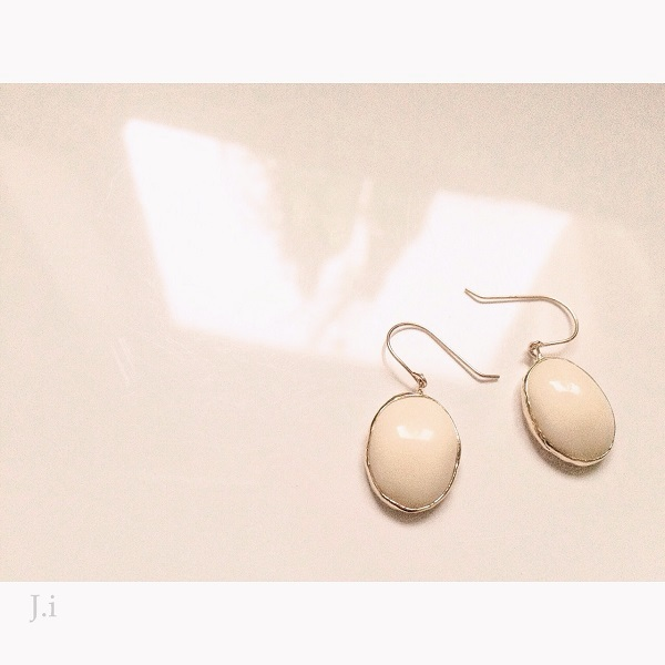 accessories_051a_earrings.jpg