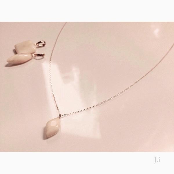 accessories_054_pendant.jpg