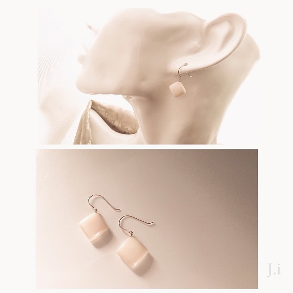 accessories_056a_earrings.jpg