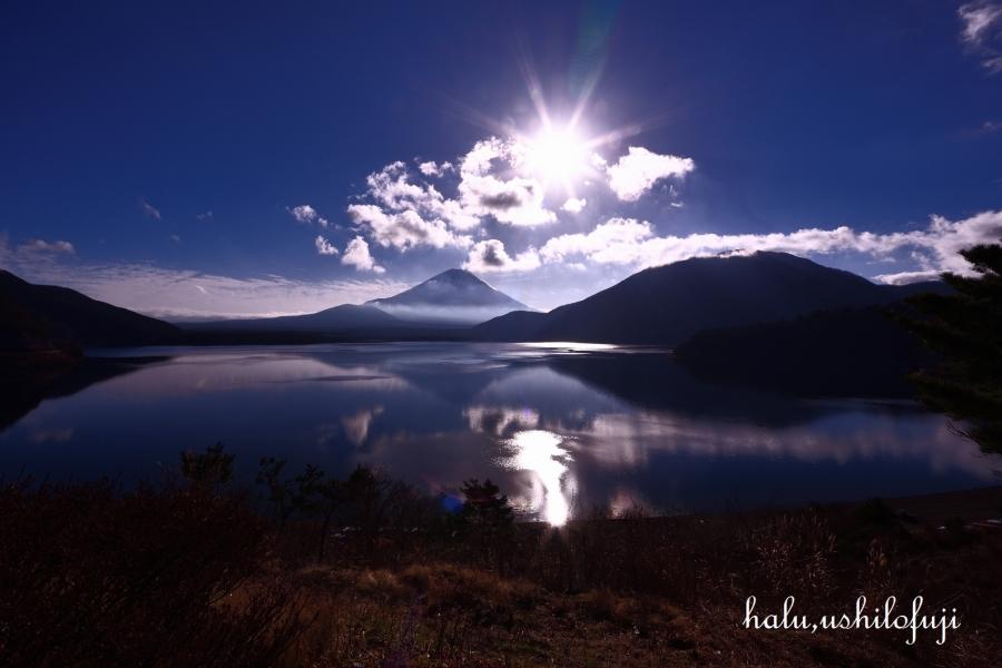 本栖湖 雲 太陽 (1)sn