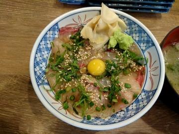 SFPダイニング 磯丸水産 カンパチの漬け丼03 201612