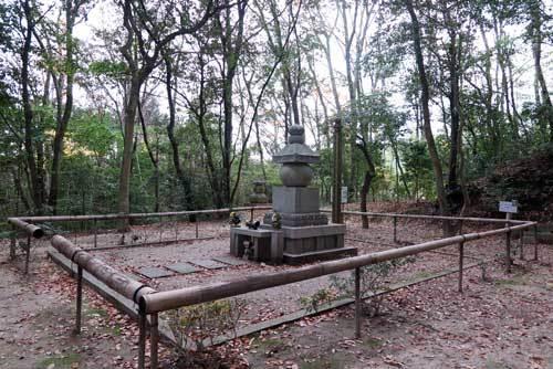 161225忍性墓