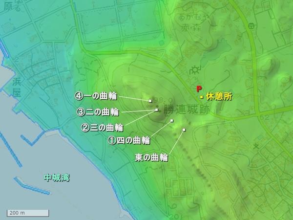 勝連城地形図