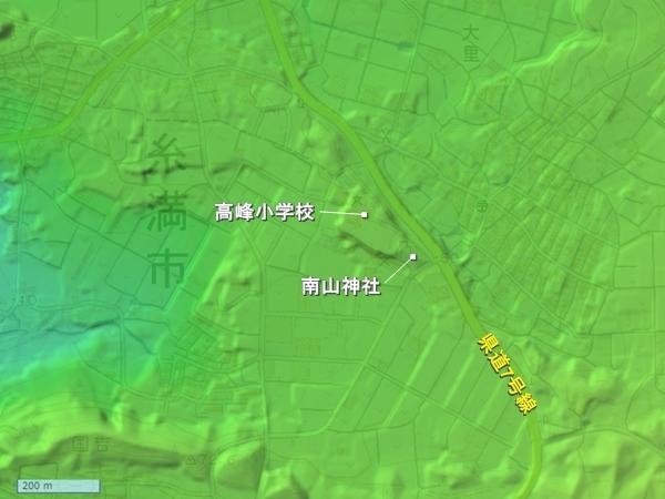 南山城地形図