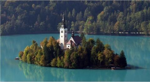 スロヴェニア ブレッド島 ブレッド湖