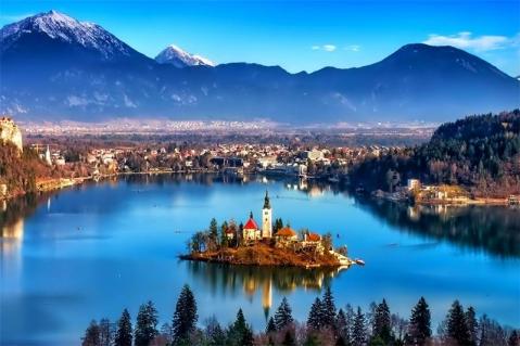スロヴェニア ブレッド湖 ブレッド島 ブレッドの町