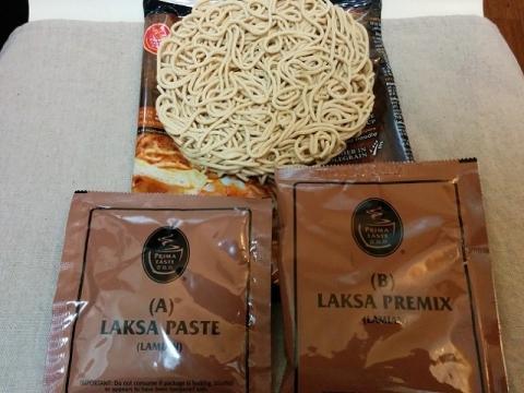 シンガポール製インスタント ラクサ麺2