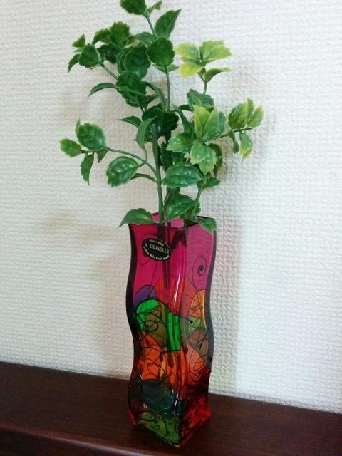 スロヴェニア製ガラス花瓶 ミリヤナ・ドラクスラー2