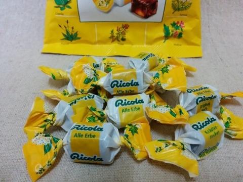 スイス製13種類のハーブキャンディー リコラ3