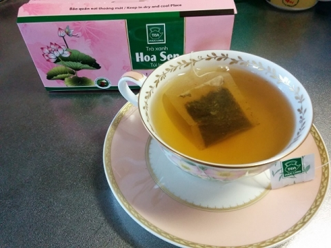 ベトナム製蓮の葉茶3