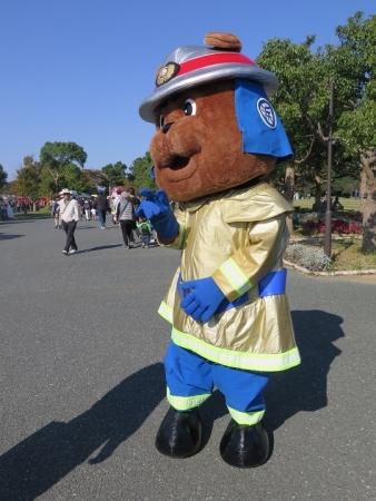 うなぎまつり 浜松市消防ブルータくん