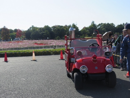 うなぎまつり 消防車展示