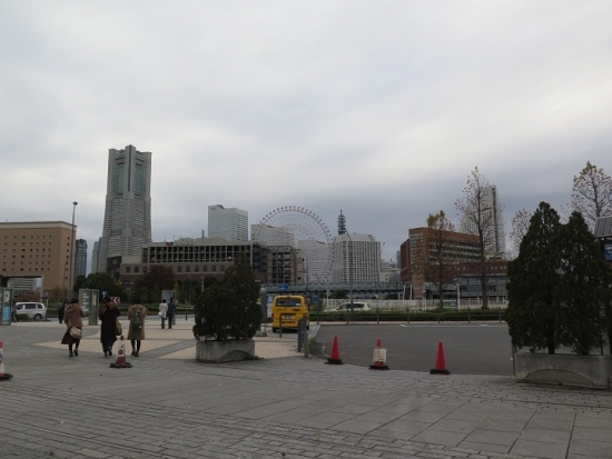 横浜 赤煉瓦倉庫前