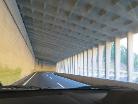 岐阜県 雪崩よけ隧道