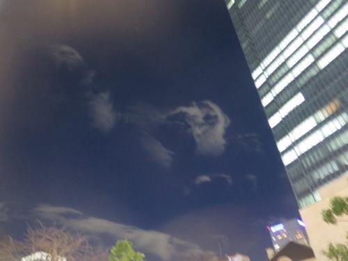 赤坂 北風の雲