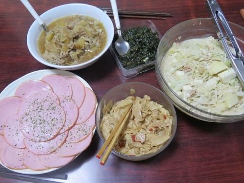 信州のハム、大根サラダ、メンマ、豚と大根煮
