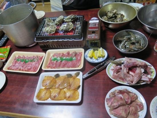 芯タンと魚介BBQ