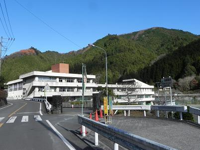 名栗中学校
