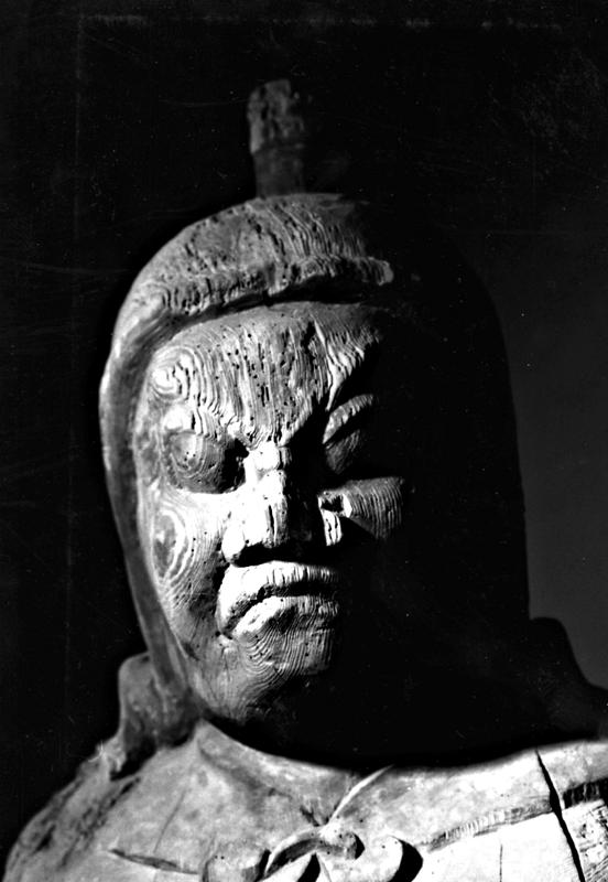 学生時代・約50年前に撮影したトバツ毘沙門天像の写真
