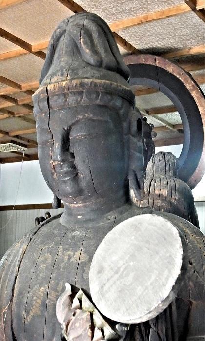 善根寺・月光菩薩像