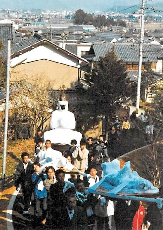 33年に一度、福通寺に運ばれる日吉神社の諸像