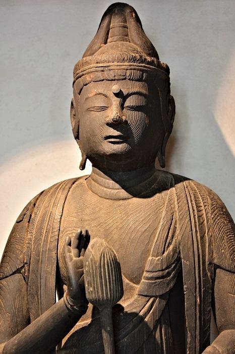 平泉寺観音堂・聖観音像