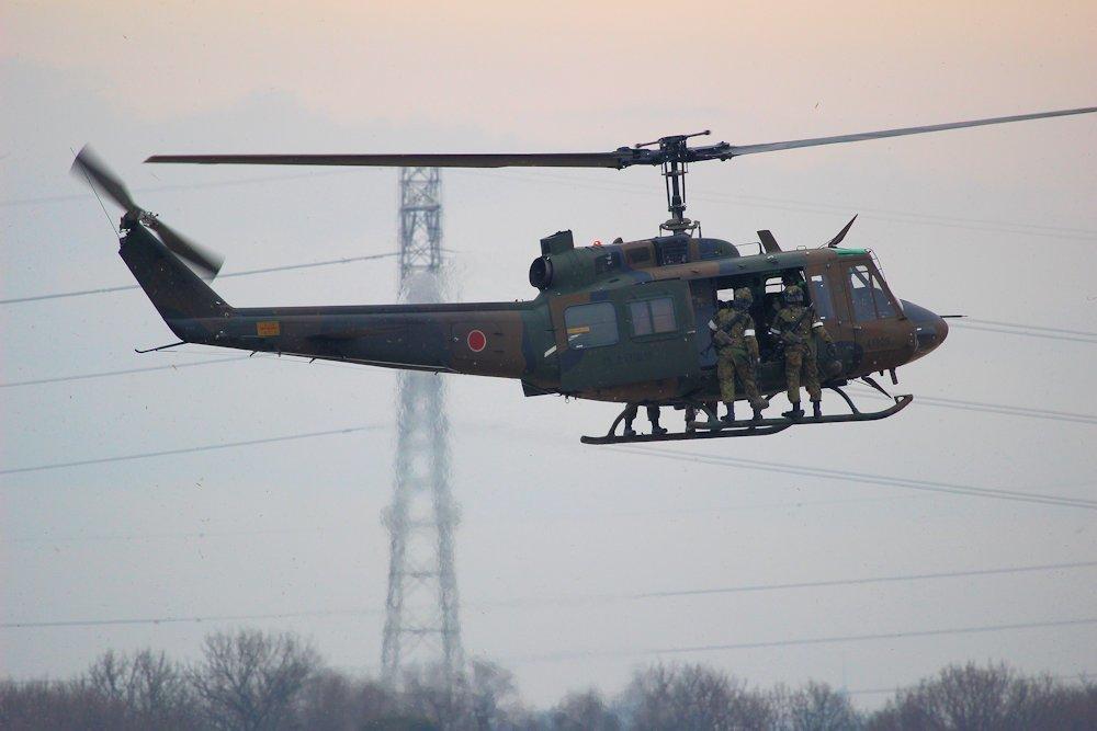 習志野空挺団降下始め 298