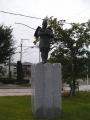 JR野崎駅 与一公祈願像「いのり」