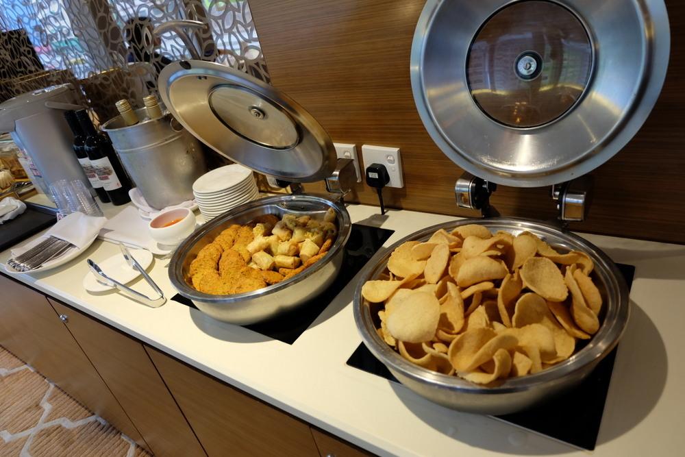 Dorsett Mongkok ラウンジ食01