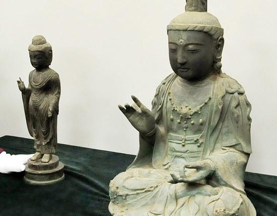 盗まれた仏像