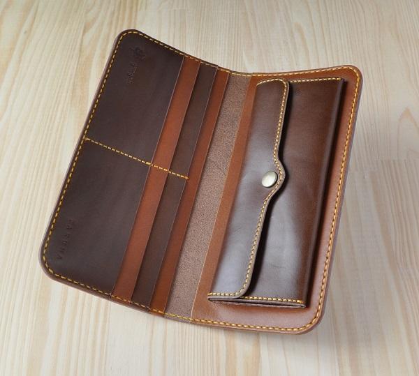 wallet1bchmo2.jpg