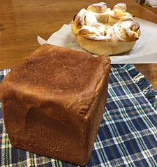1月22日 アップルパン 角食パン 2